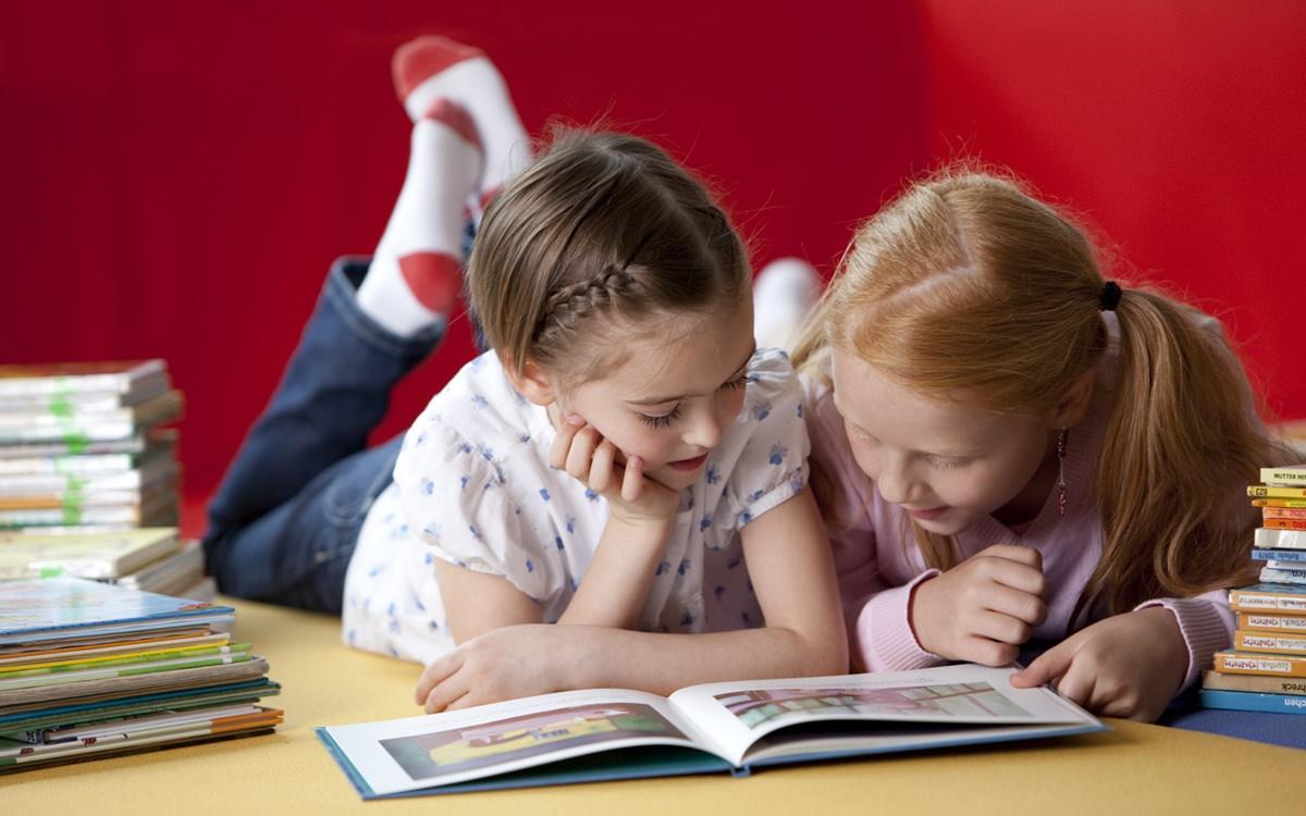 Kinder Portraits für Werbefotos einer Bildungskampagne