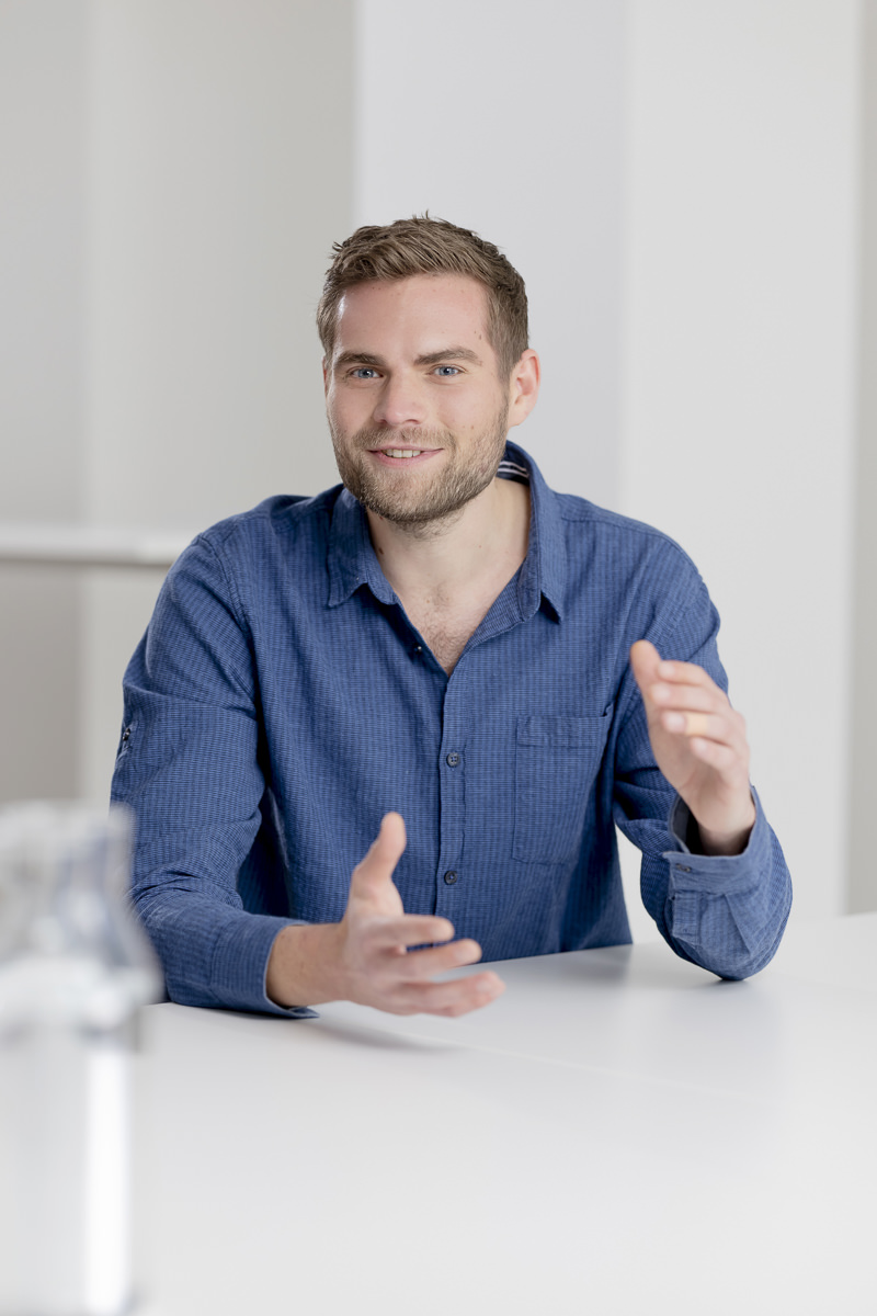 Business Portrait Mitarbeiter Finanzunternehmen | Foto: Hanna Witte