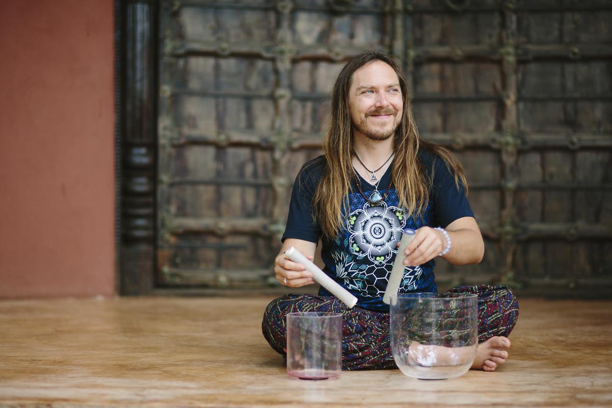 Portrait picture of sound healer Darren Austin Hall
