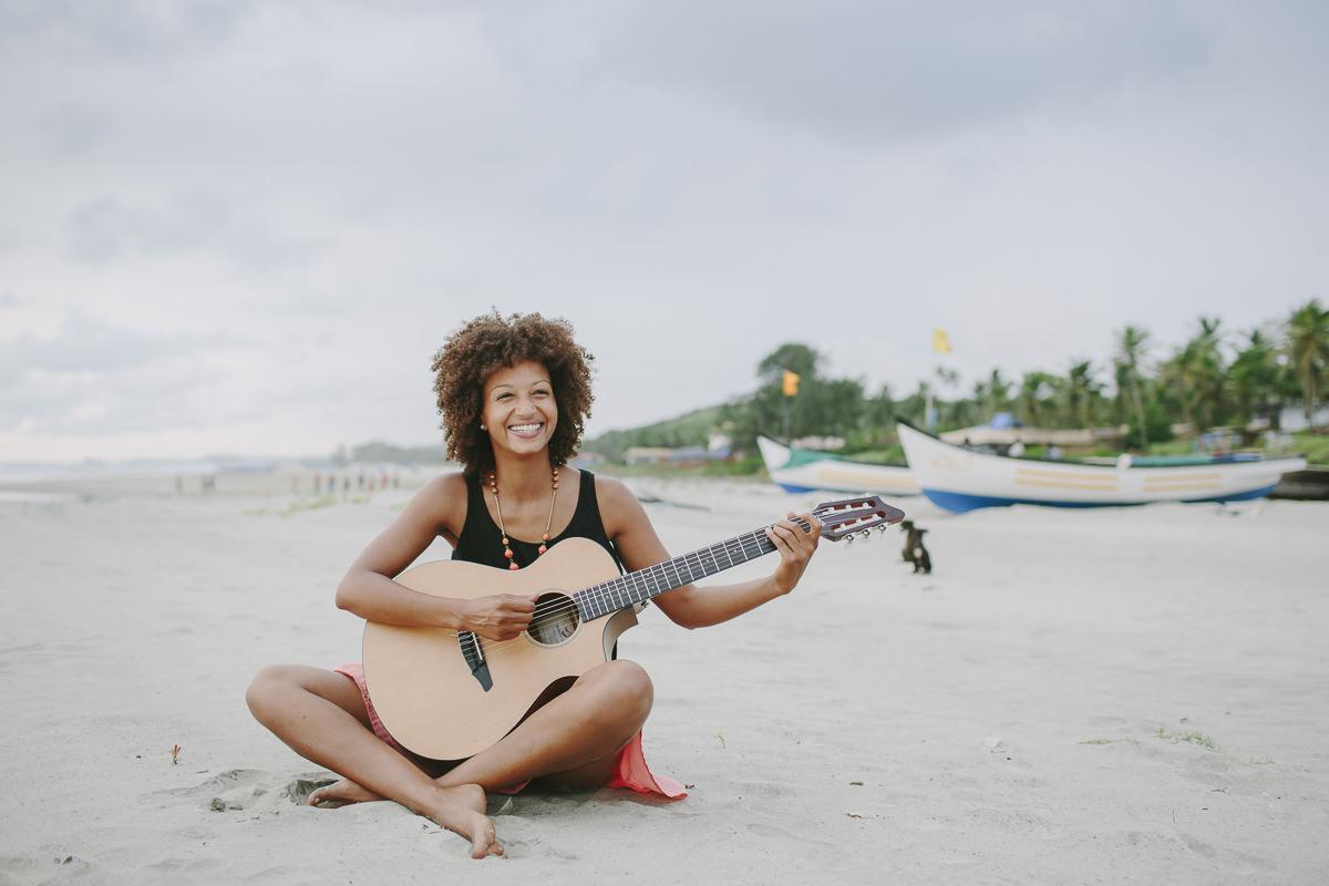 Sympathisches Peoplebild am Strand fotografiert von Hanna Witte