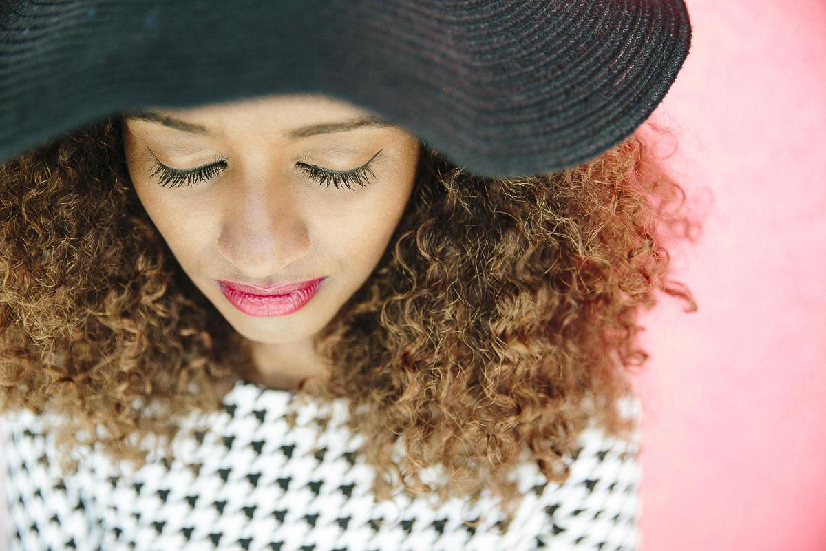 Close-Up Portraitfoto einer jungen Frau | by Hanna Witte Photography
