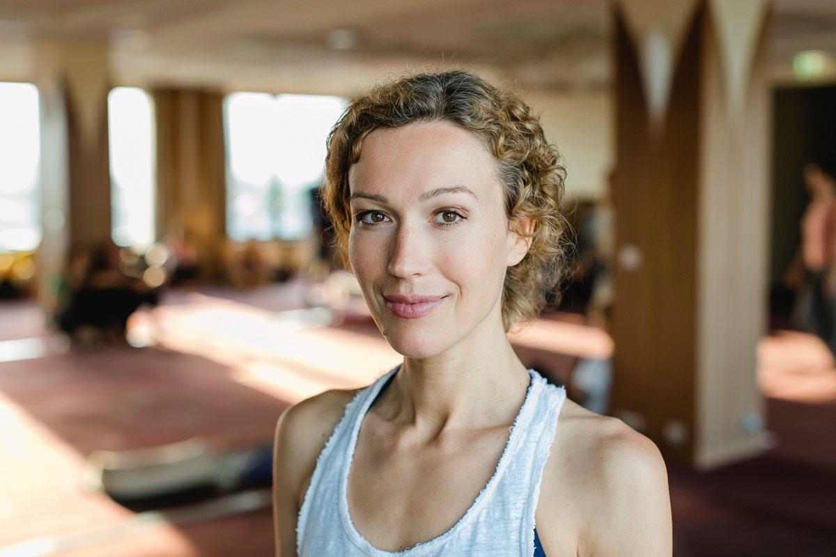 Portrait von Yogalehrerin Ranja Weis