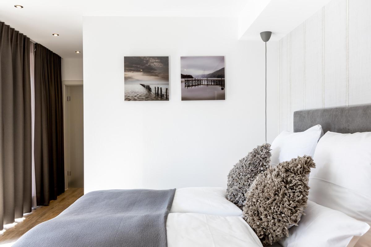 Innenaufnahme eines modernen Hotelzimmers | Foto: Hanna Witte