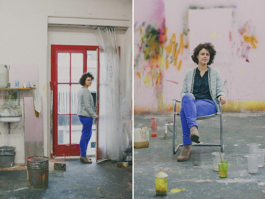 Portraitbilderin einer Malerin in ihrem Atelier | Foto: Hanna Witte