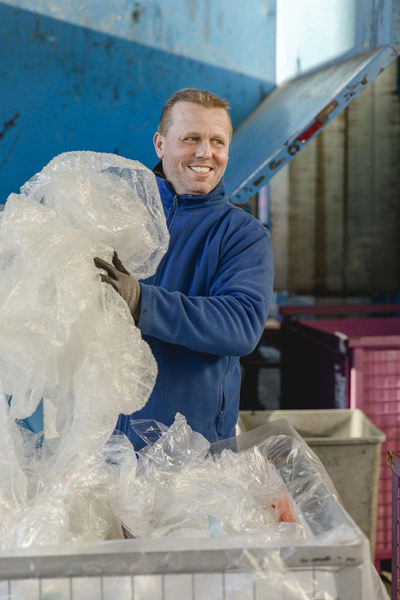Mitarbeiterportrait aus der Industriefotografie eines Unternehmens im Bereich Abfallentsorgung