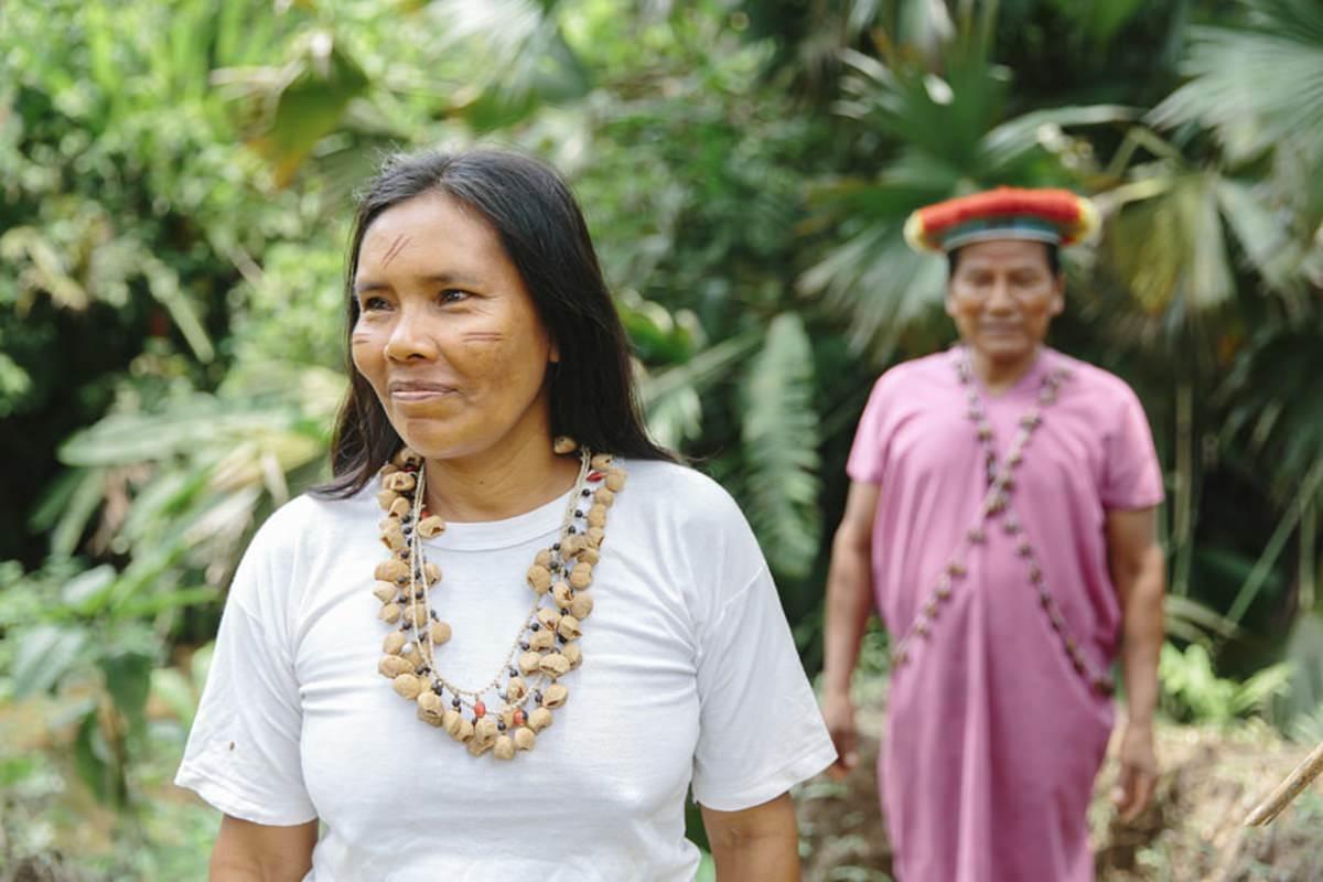 indigene Frauen im Regenwald von Ecuador | Foto von NGO Fotografin Hanna Witte