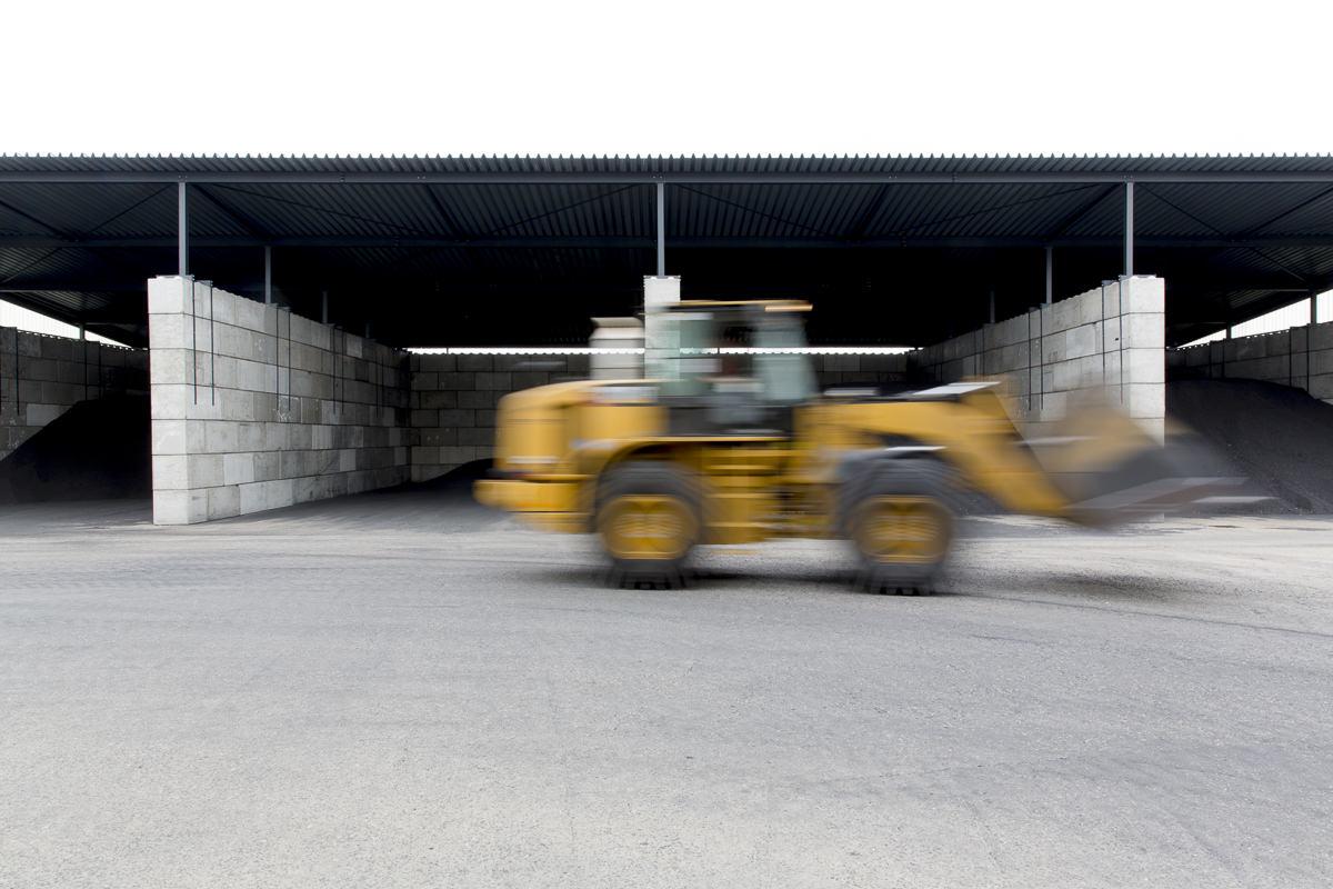 Industriefotografie Ruhrgebiet: Fahrzeuge im Einsatz