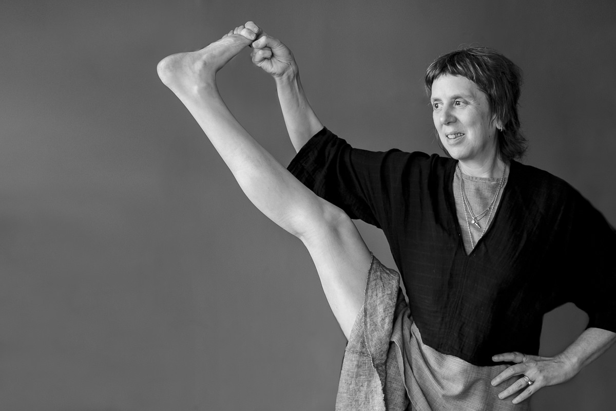portrait of yoga teacher lady Ruth during the Yoga Conference Germany