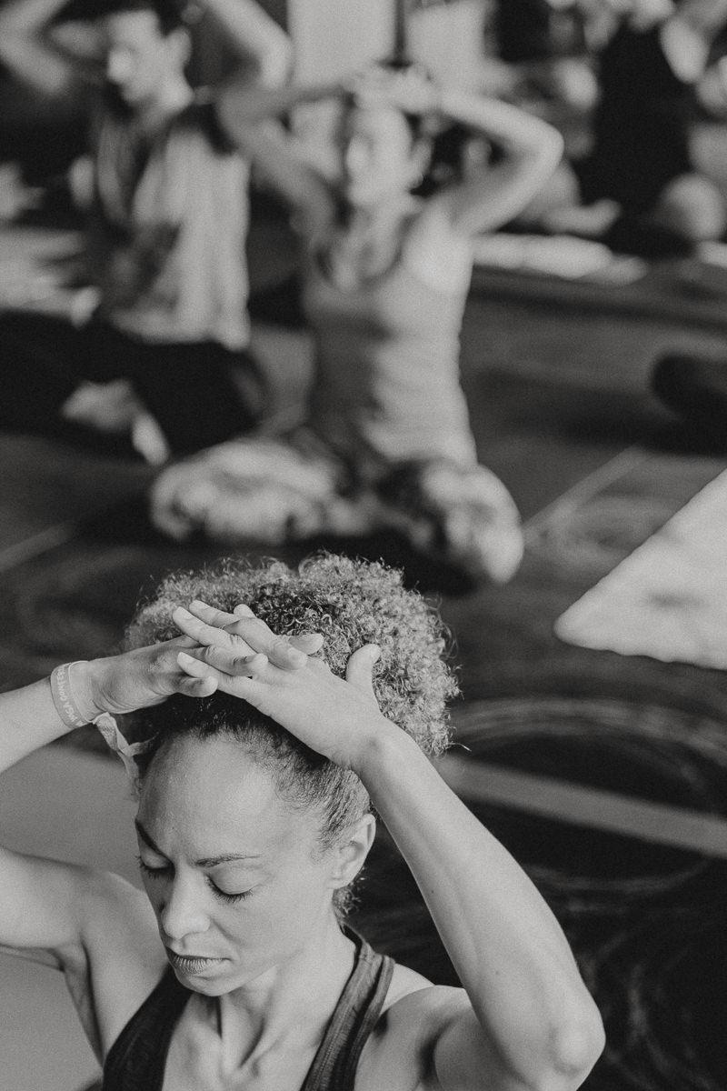 Eindrücke der Yoga Conference Germany 2018 in schwarz-weiss