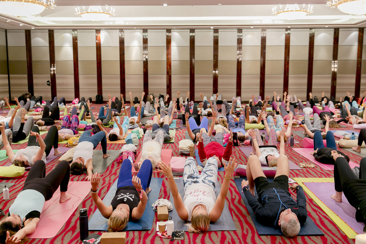 yoga class during the yoga conference germany 2018
