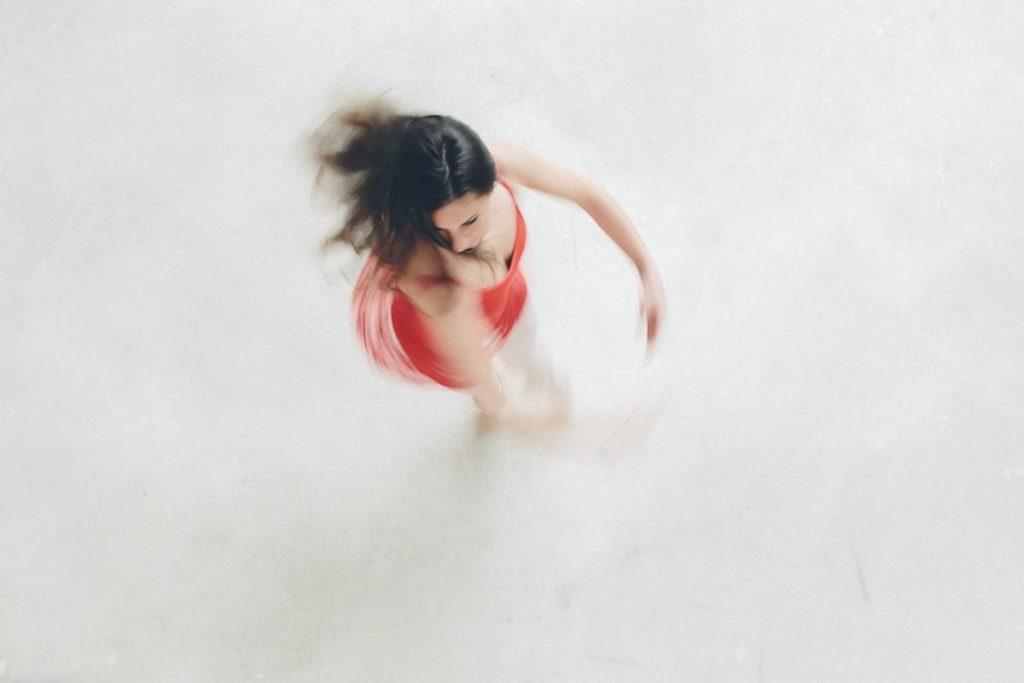 Foto einer Tänzerin während einer Drehung | Foto: Hanna Witte