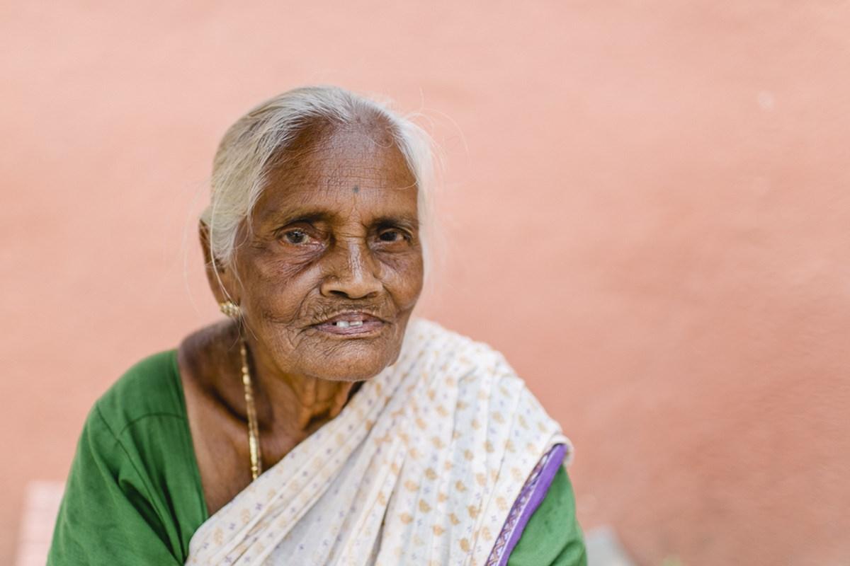 Foto einer älteren Frau aus Indien | Foto: Hanna Witte