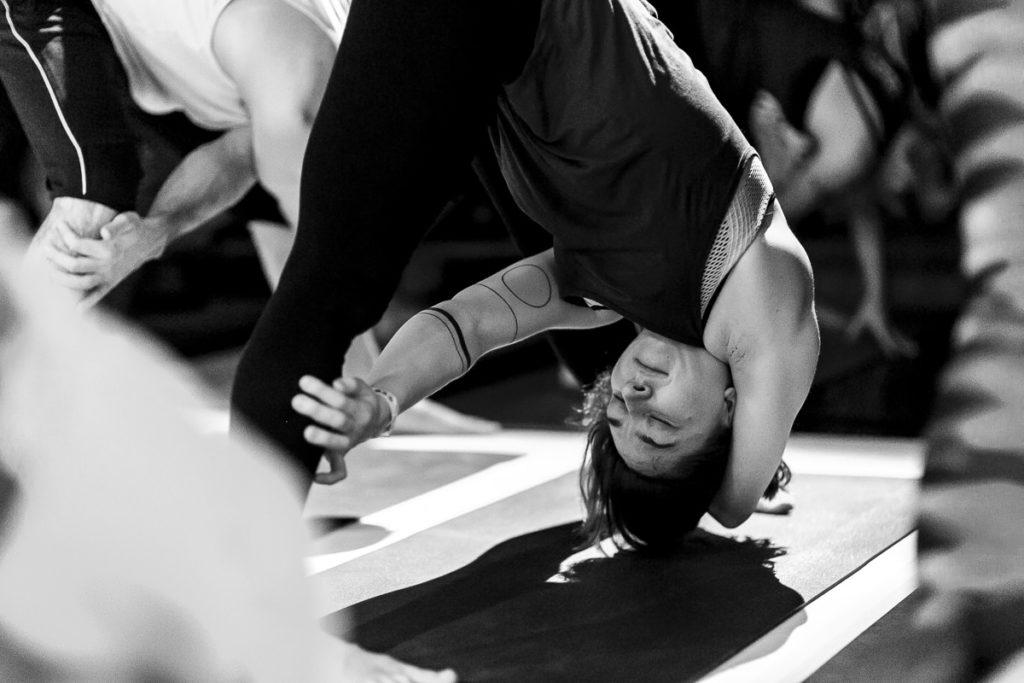 Teilnehmer des The Groove Yoga Festivals bei einer Übung | Foto: Hanna Witte
