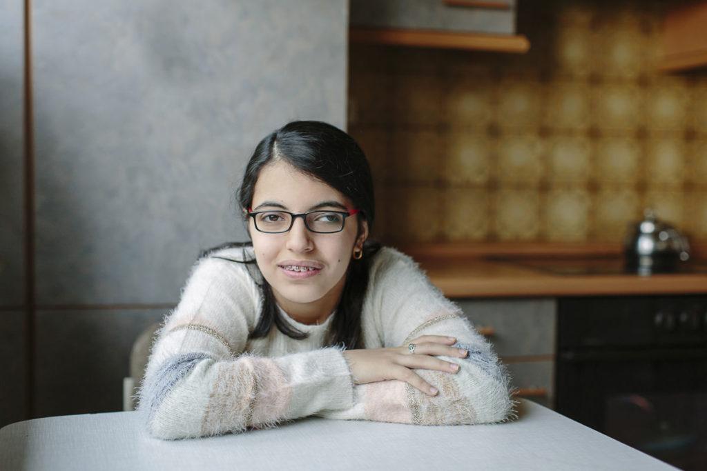 authentisches Portraitfoto von Nujeen Mustafa | Foto: Hanna Witte