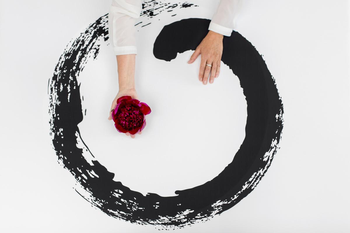 auf den Boden gemaltes Feng Shui Symbol | Foto: Hanna Witte