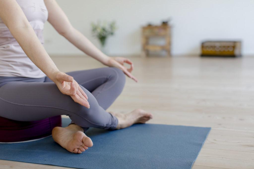 Yogapose aufgenommen im Yogastudio Shivas Loft