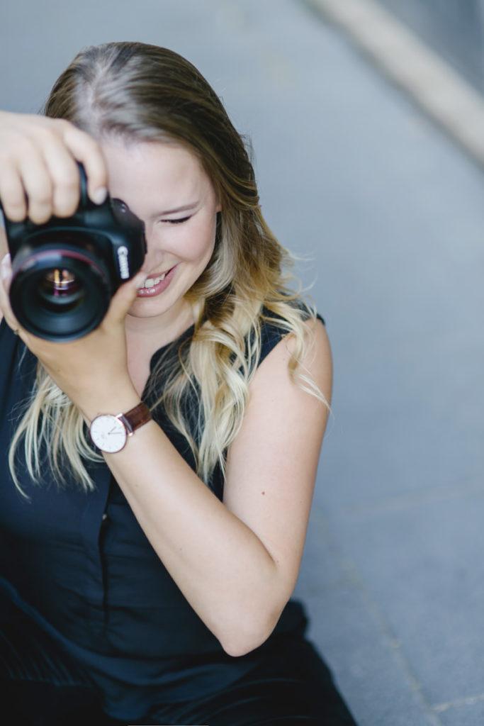 professionelles Businessportrait einer selbstständigen Fotografin