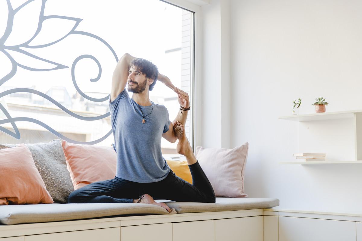 Yogafoto eines Yogalehrers aus Köln
