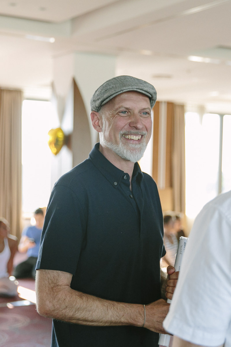 Organisator Frank Schuler bei der Yoga Conference Germany 2019 in Köln