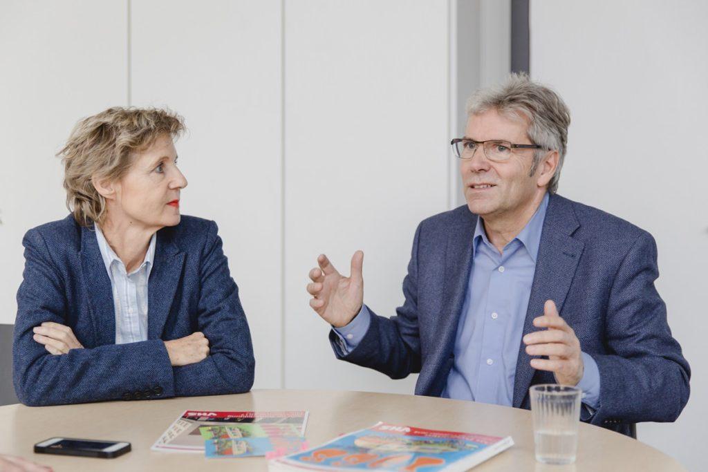 Interviewfoto von Jakob Schüller und Dr. Hannelore Vogt für das Klaaf Magazin
