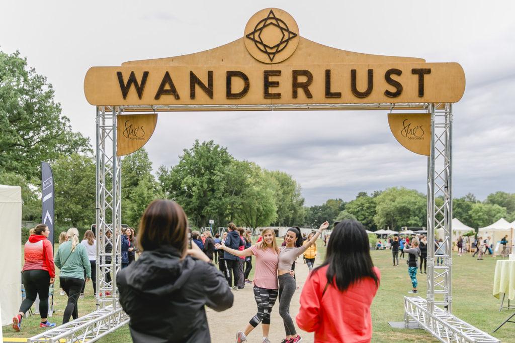 Eingang zum Wanderlust Yoga Festival in Frankfurt