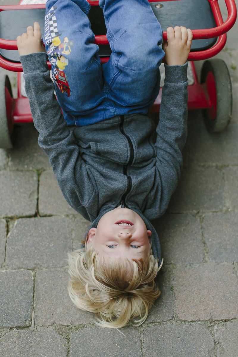 Kinderhotel Fotografie mit einem spielenden Kind | Foto: Hanna Witte