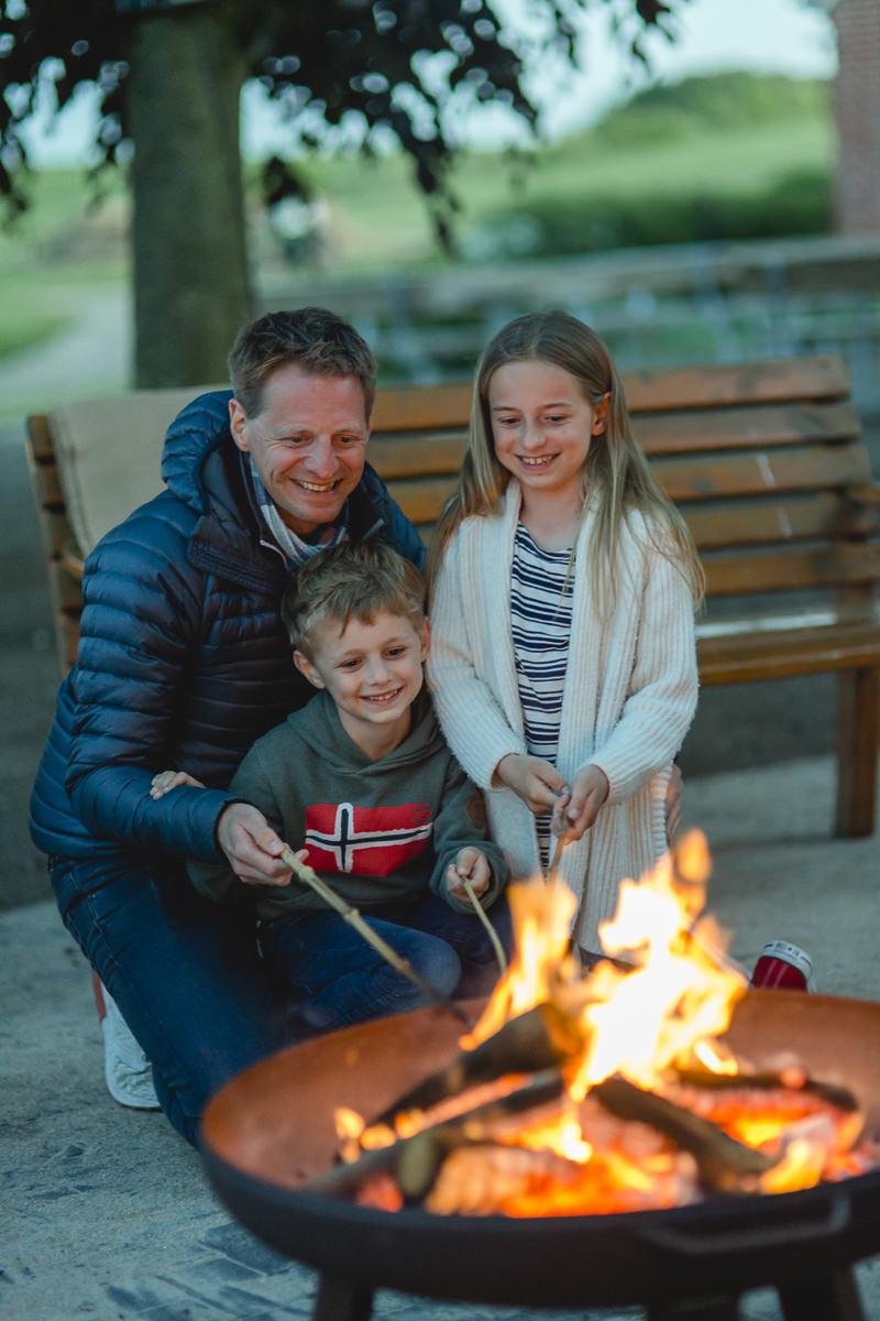 Fotos vom gemütlichen Lagerfeuer im Familienhotel Bauer Martin | Foto: Hanna Witte