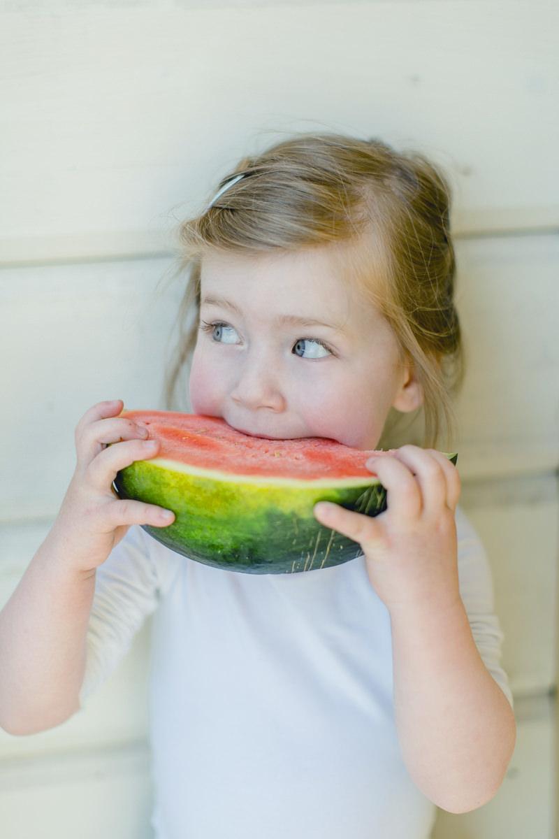 Foto von einem Kind mit Wassermelone | Foto: Hanna Witte