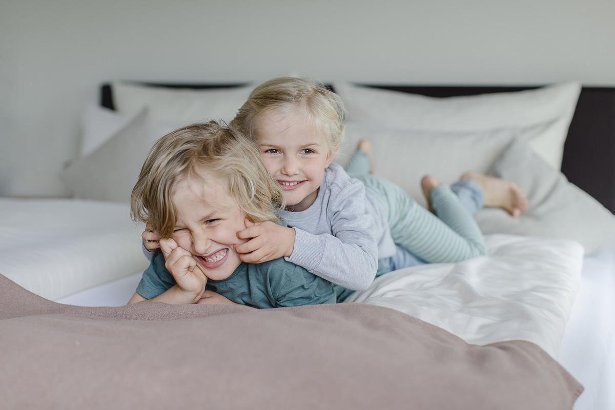Foto von Kindern beim Spielen in einem Wellnesshaus | Foto: Hanna Witte
