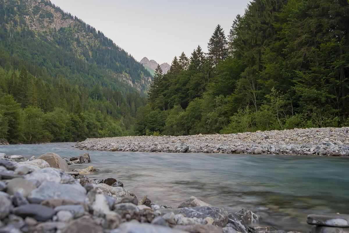 Naturaufnahme von einem Fluss im Allgäu | Foto: Hanna Witte