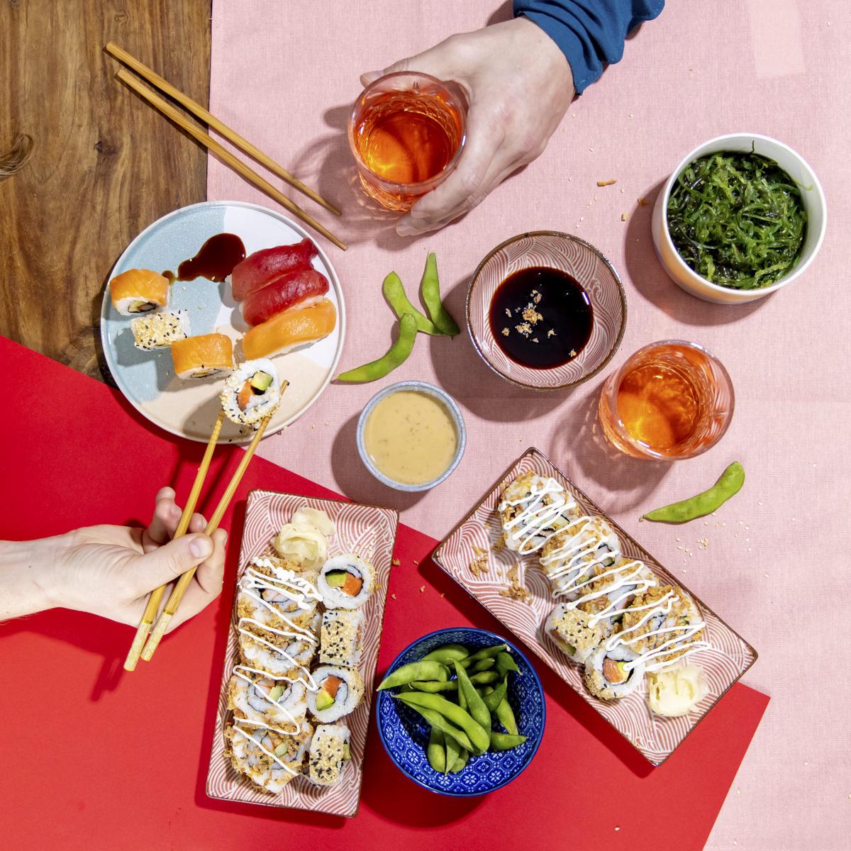 Social Media Content Fotografie mit verschiedenen Sushi Sorten der Firma Eat Happy | Foto: Hanna Witte
