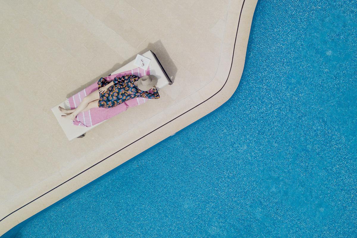 Hotelfoto am Pool einer Mallorca Finca | Foto: Hanna Witte