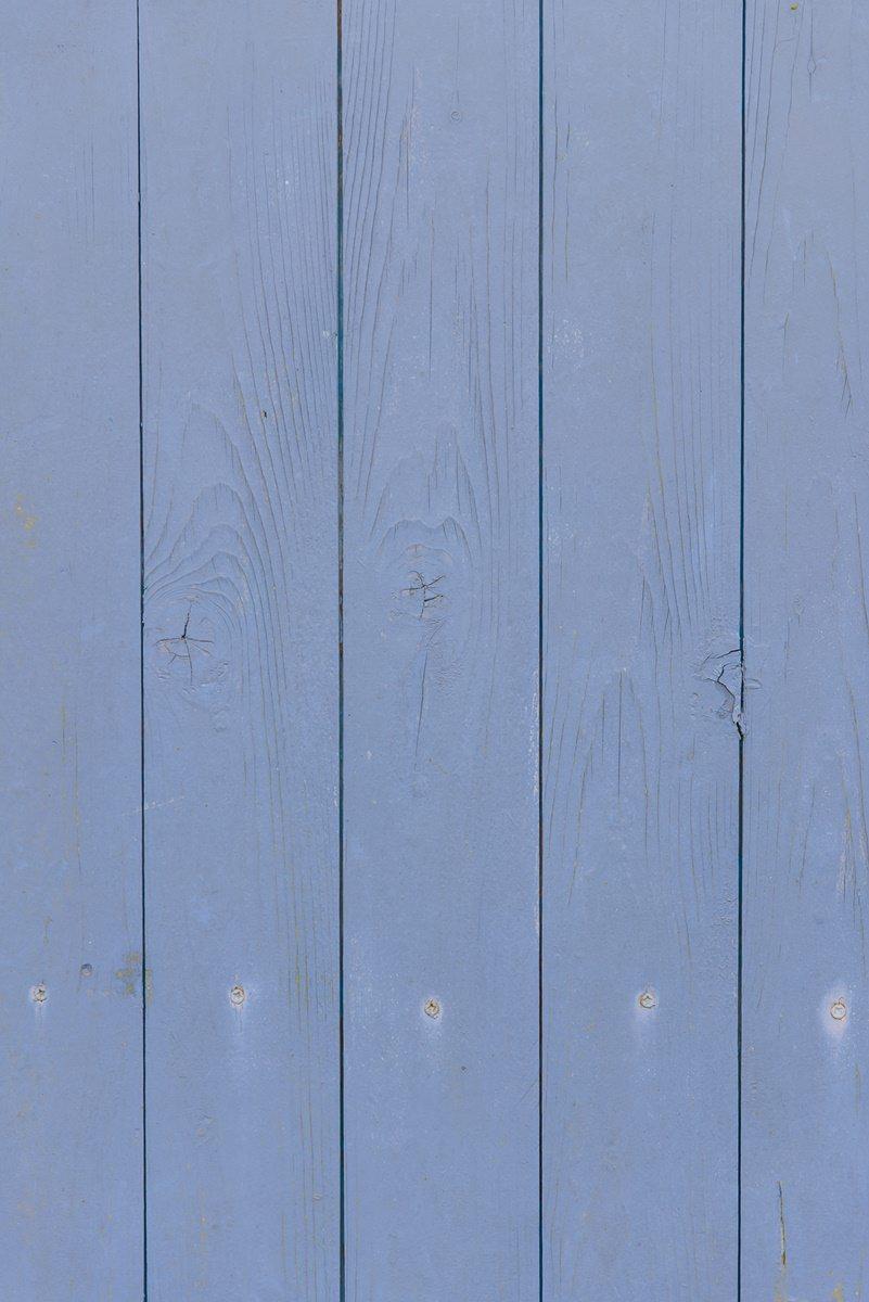 die blaue Seitenwand eines Ulliwood Zirkuswagen | Foto: Hanna Witte