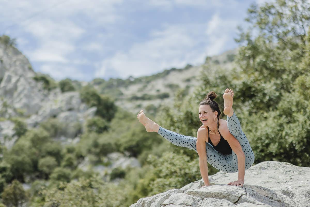 Yoga Asana im Tramantuna Gebirge auf Mallorca   Foto: Hanna Witte