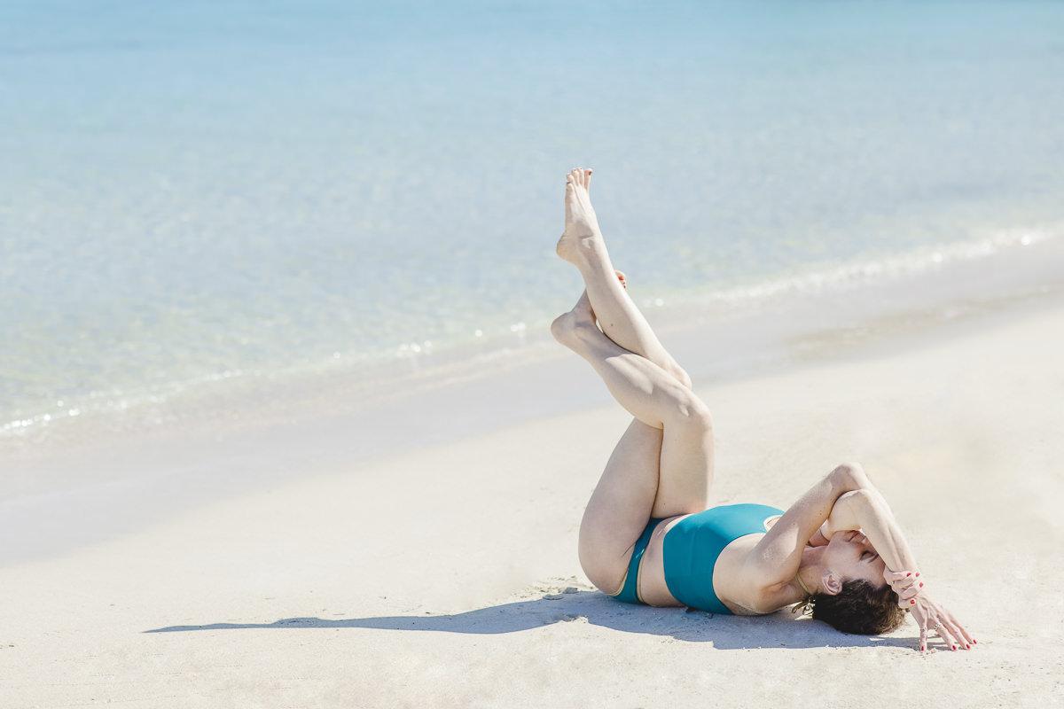 Yoga Asana am Strand von Mallorca   Foto: Hanna Witte